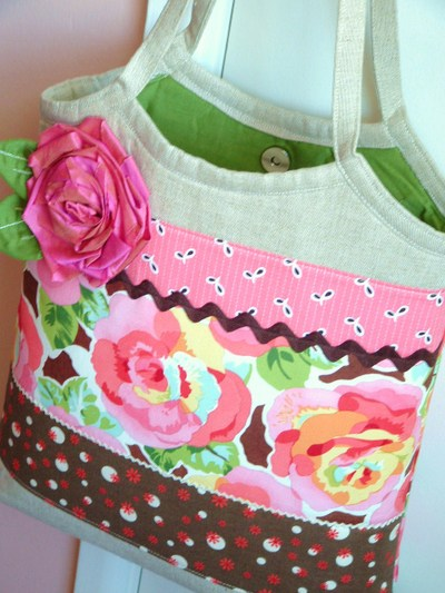 Linen_roses_view_2